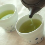 国立がん研究センター、コーヒーと緑茶で死亡リスク低減と発表